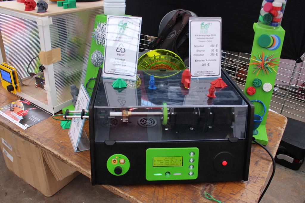 """La """"recycleuse"""" de bouchons plastiques pour fabrication de consommable d'impression 3D : Ecoset"""